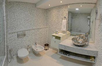Boutique 7 Hotel And Suites Dubai